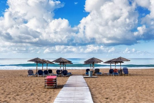 Why Agios Gordios Beach Corfu is perfect for kids…